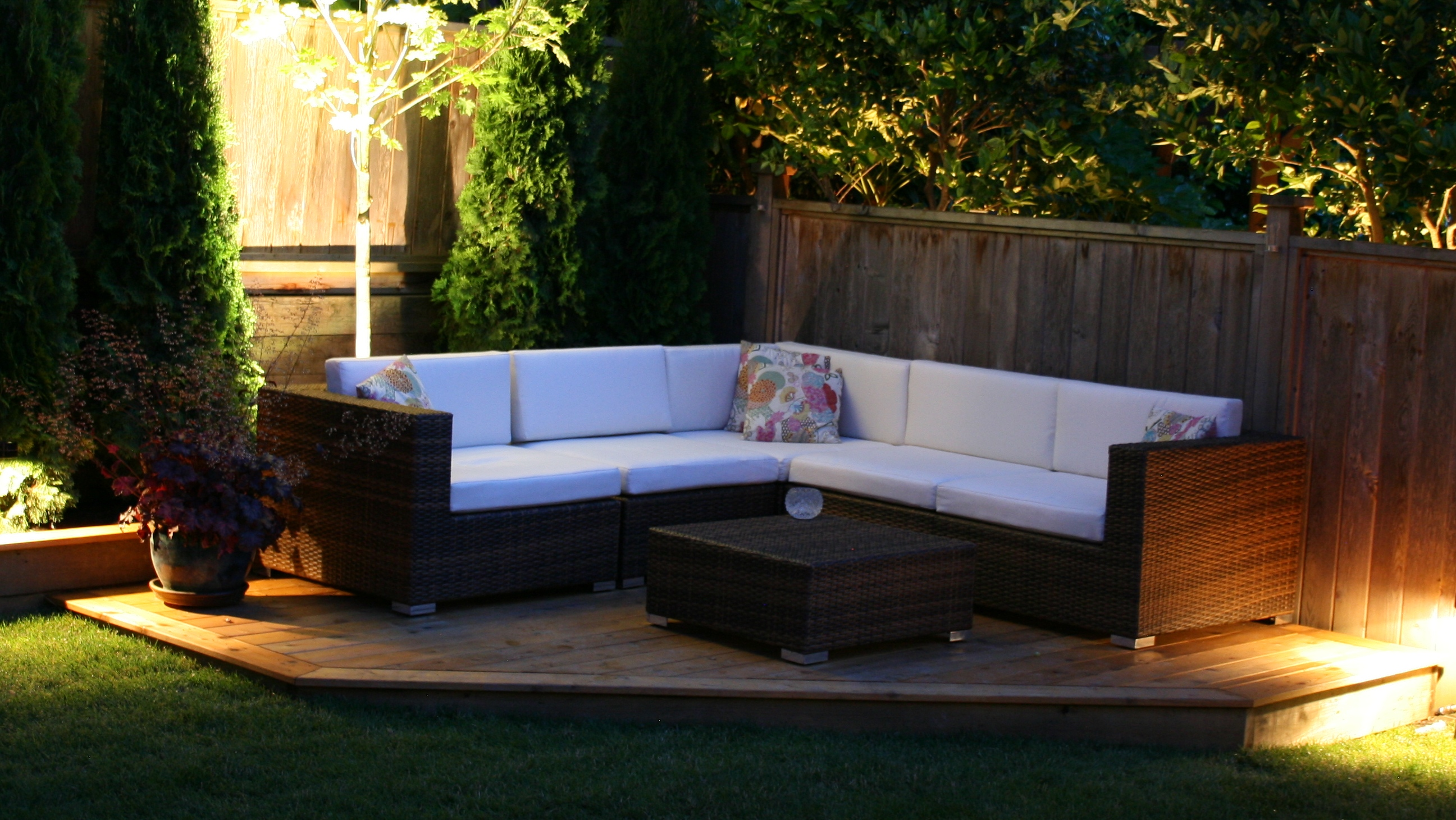 The Kitsilano Outdoor Patio Sectional Vancouver Sofa pany
